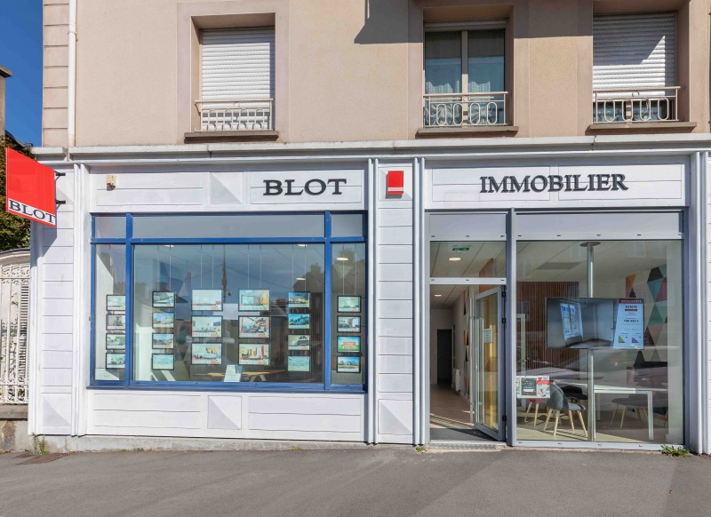 agences immobili res bretagne pays de la loire blot immobilier. Black Bedroom Furniture Sets. Home Design Ideas
